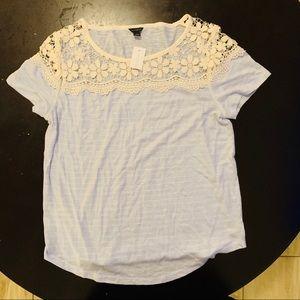 NWT Ann taylor t shirt